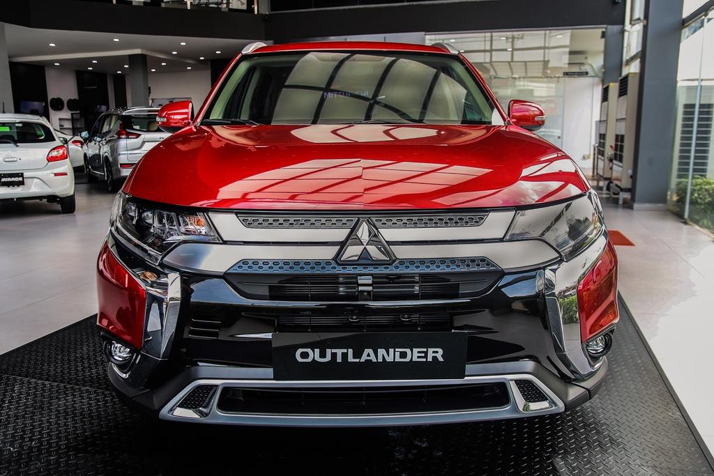 Ảnh chuyên mục Mitsubishi Outlander 3